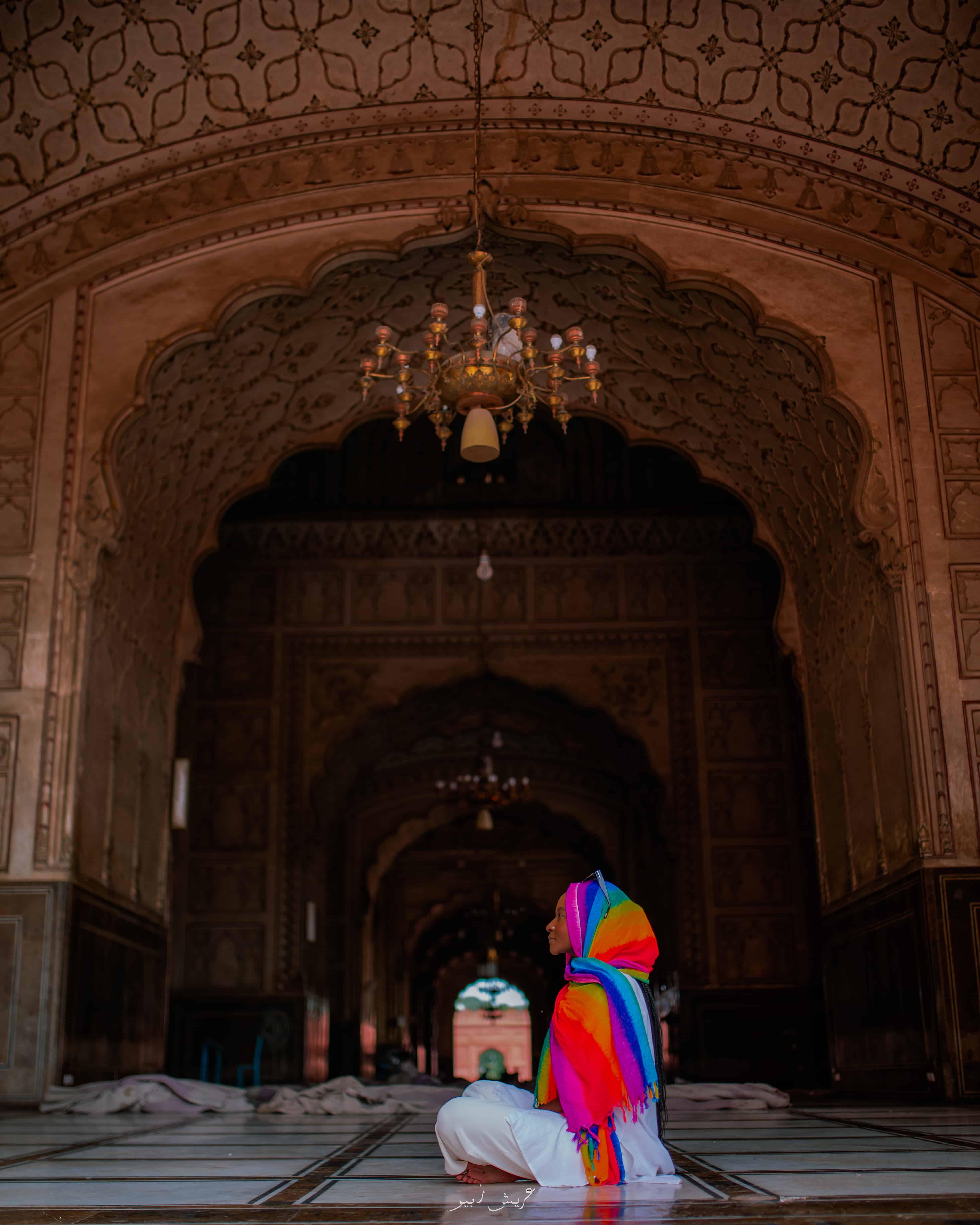 Interior decoration of the Badshahi Mosque